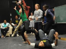 Having fun by improv theatre