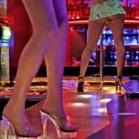 Erotic shows in lap dance club in Amsterdam